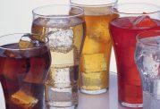 در رابطه با مضرات مصرف نوشیدنی های یخ زده چه می دانید؟