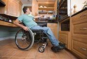 تغذیه معلولین