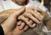 توصیه های غذایی جهت پیشگیری از پوکی استخوان در افراد مسن