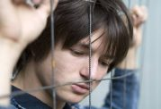 چگونه اختلال روانی، شیزوفرنی را درمان کنیم؟