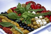 آشنایی با رژیم غذایی مناسب برای کاهش کلسترول