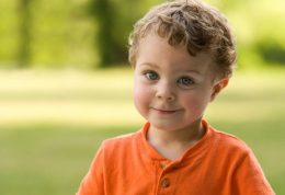 چه خطراتی در کمین کودکان است؟