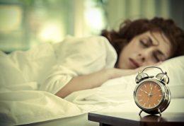 چرا در خواب بزاق دهان ریزش پیدا میکند؟