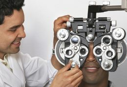 برای داشتن چشم های قوی از چه مواد غذایی استفاده کنیم؟