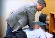 رفع کمر درد با درمان دستی یا کایروپراکتیک