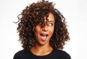 روش صاف کردن موهای فر