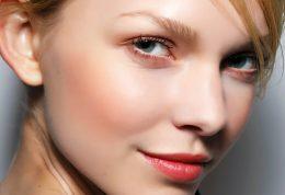 6 خواص فوق العاده تفاله چای برای پوست زیبایی
