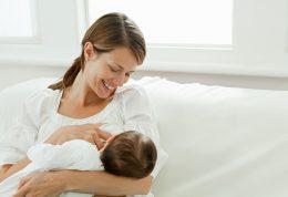 ویژگی های شیر مادر برای شیرخوار