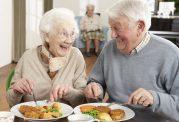 نقش تغذیه در حفظ سلامت دوران میانسالی