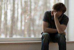افسردگی در مردان و علائم شایع آن
