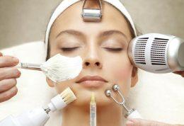 4 روش برای از بین بردن کک و مک صورت