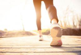 بررسی علل و فواید دویدن به همراه نحوه انجام این ورزش