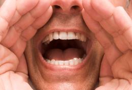 تغییر ناگهانی صدا و خطر سرطان حنجره