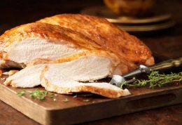 بررسی فواید و مضرات مصرف گوشت بوقلمون