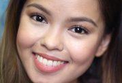 چگونه علاقه دختران به آرایش کردن را مدیریت کنیم؟