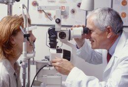 وظیفه اپتومتریست ها چیست؟
