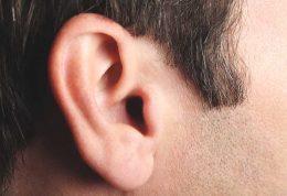 با استفاده از این 6 روش آب را از گوشتان خارج کنید