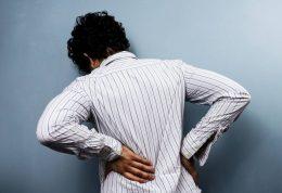 چرا اکثر ایرانی ها دچار کمر درد می شوند؟