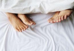 مضرات حمام کردن طولانی بر کیفیت رابطه جنسی