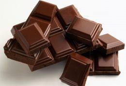 کاهش چربی و فشار خون با مصرف شکلات تلخ