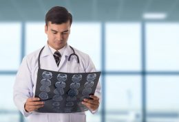 عوامل خطر تومور مغزی