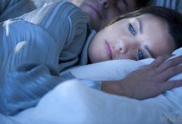 درمان مشکلات خواب در زنان یائسه