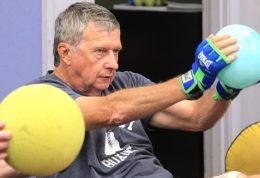 مقابله با پارکینسون با کمک ورزش
