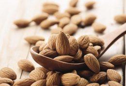 پیشگیری از امراض قلبی و عروقی با مصرف بادام