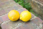 عفونت چشم را با استفاده از لیمو درمان کنید
