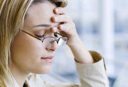 بررسی علل بروز اختلالات اضطرابی و روش های درمان آن