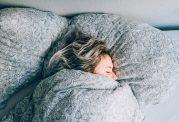 ابتلا به سردرد با زیاد خوابیدن