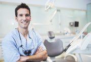هرگز از میخک و خلال دندان برای تسکین دندان درد استفاده نکنید