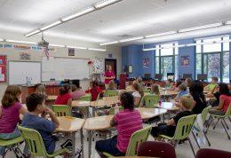 عوارض سلامتی شروع زود هنگام صبحگاهی مدارس