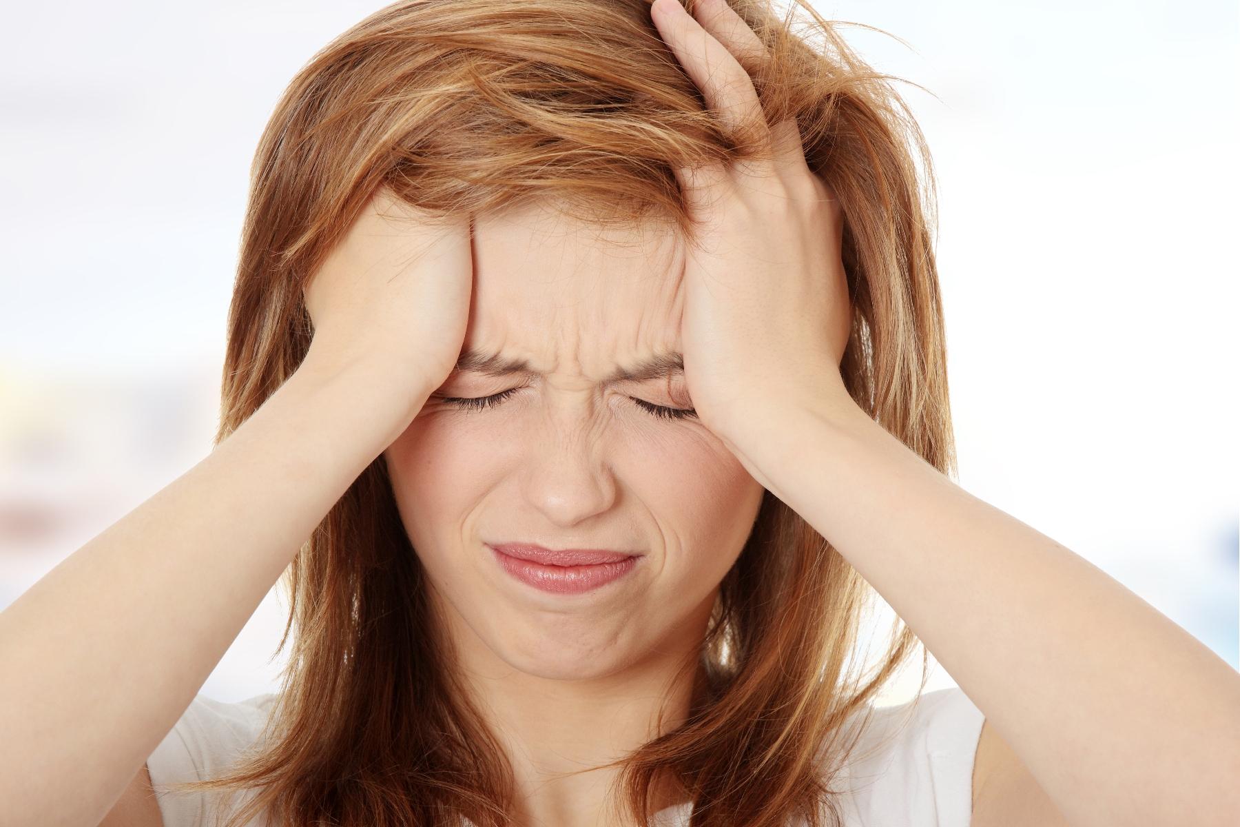 سردردتان را با استفاده از این روغن های گیاهی درمان کنید
