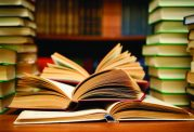 چرا اکثر مردم وقتی برای کتاب خواندن ندارند؟