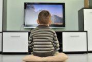عوارض وجود تلویزیون در اتاق کودک
