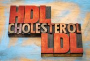 کاهش کلسترول بد خون با روشهای خوراکی