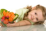 چگونه رژیم غذایی در رفتار کودکان می تواند کمک کننده باشد