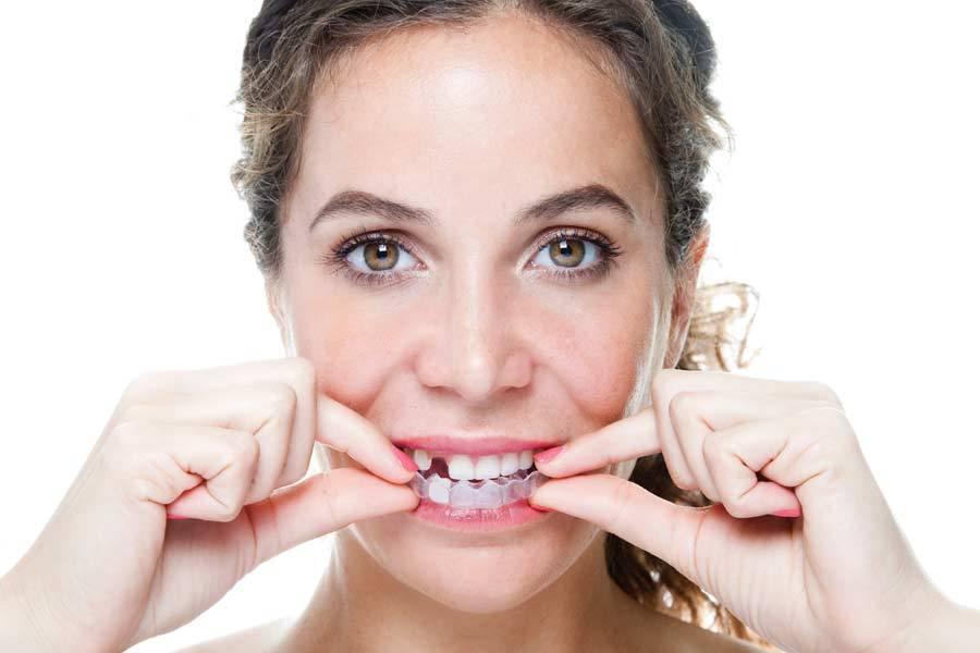 مراقبت از دندان لق شدن دندان لق دندانی لثه و دندان رنگ لثه خونریزی از لثه پیوند لثه پر رنگ شدن لثه
