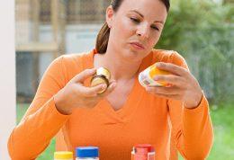 عوارض زیاده روی در مصرف مکمل ها