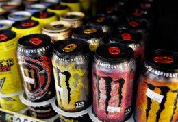 نوشیدنی های انرژی زا چه عوارضی را در پی دارند؟