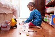آشنایی با نشانه های مهم اوتیسم