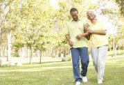کنترل چربی خون سالمندان با مسافرت رفتن