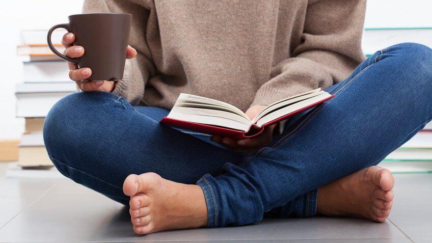 آیا چهار زانو نشستن باعث ساییدگی زانو می شود؟