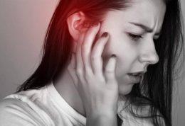 خارج کردن جرم یا واکس از درون گوش