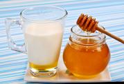 ویژگی های درمانی مختلف شیر و عسل