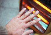 8 عامل برای سرد شدن انگشتان دست