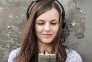 خطرات هدفون برای سلامت شنوایی