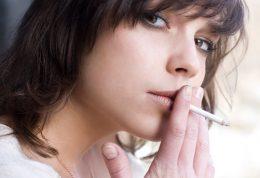 عوارض مصرف سیگار برای بانوان