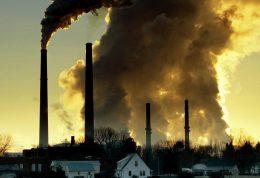 پیامدهای طولانی مدت آلودگی هوا بر سلامت افراد جامعه